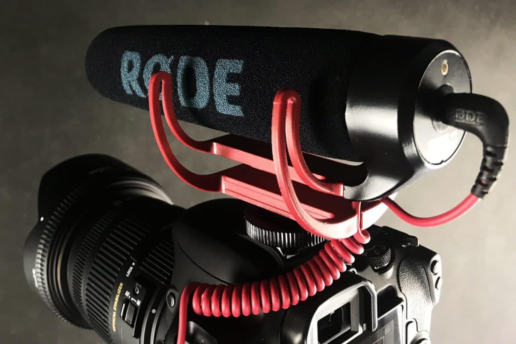 Mikrofon rode na lustrzance Canon 200D